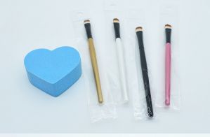Synthetic Hair Single Eye Shadow Brush